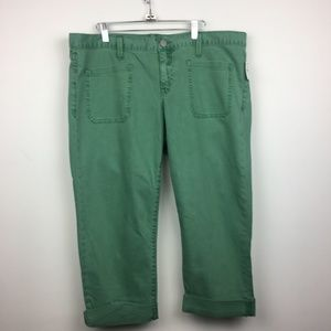 NWT Gap Monaco Green Cropped Capri Pants